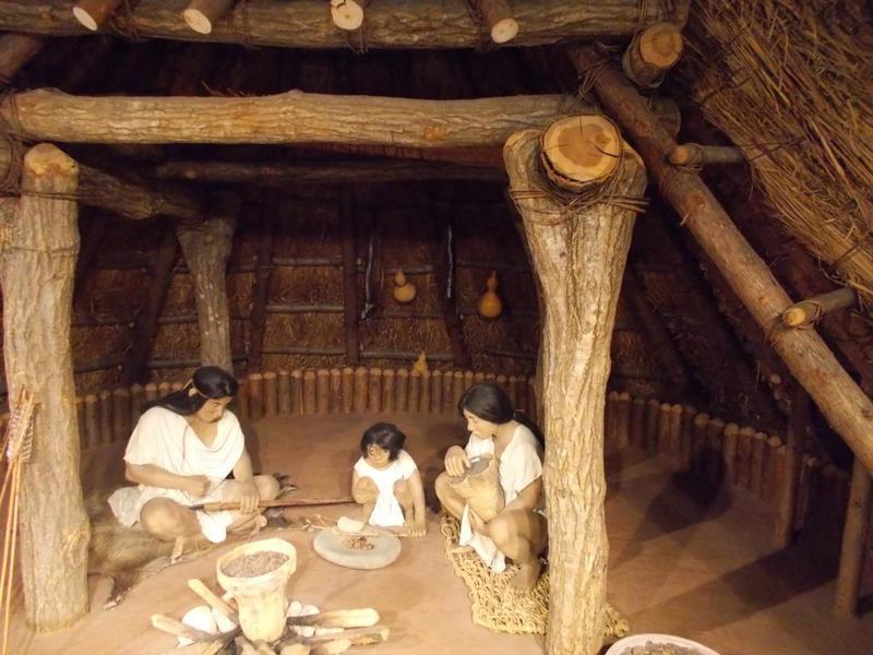竪穴式住居のヒョウタン