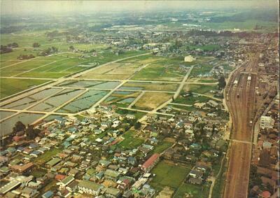 1969年8月15日撮影の春日部駅西口