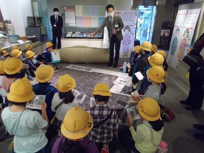 藤塚小学校見学写真