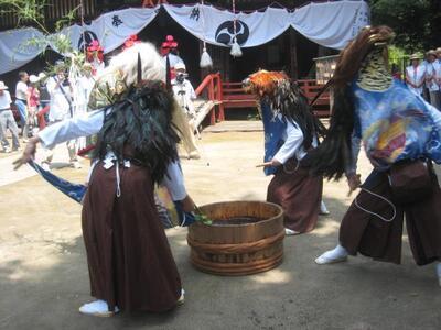 西金野井の獅子舞