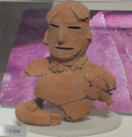 写真:人物埴輪