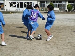 女子のサッカー