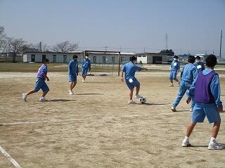 男子のサッカー