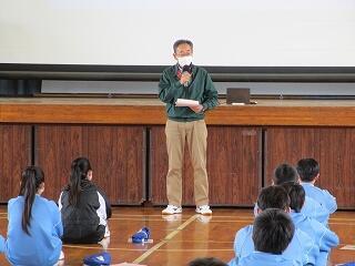 学年の先生から3学期の総括 聞く態度が素晴らしかったです