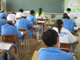 さすが2年生 どのクラスも期末テストに向けてしっかりと勉強していました
