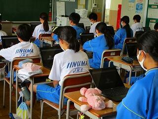 1年生 5校時 2学期当初のオンライン学年集会を行いました