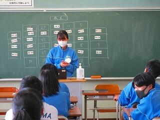 2年生 5校時は全クラス席替え!