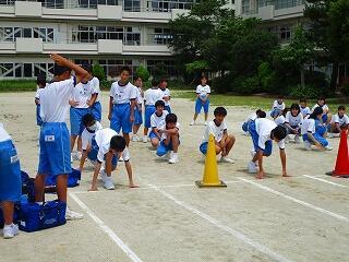 1年1、2組 保健体育 スポーツテストの練習
