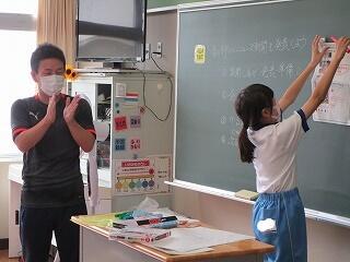 5、6組 よいこと新聞の発表会