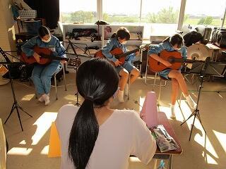 3年2組 音楽 ギター テスト