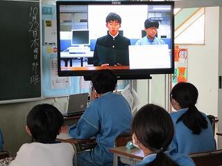 リモートによる演説会を各教室でよく聞いていました