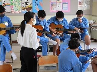 3年3組 音楽 ギター 海の見える街