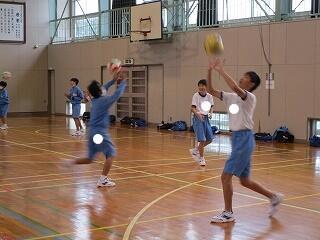 1年3組 保健体育 バレーボール