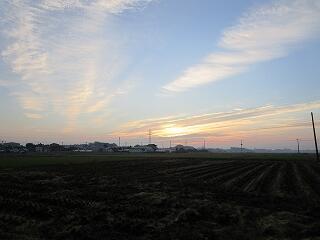 朝の学校周辺の風景 秋ですね