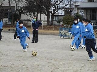 2年2組 保健体育 サッカー