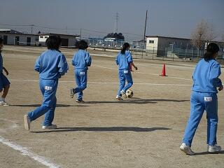 3年2、3組 保健体育 サッカー選択